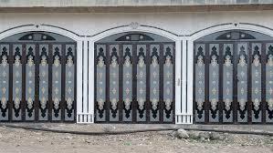 أبواب وشبابيك تصاميم جميلة ومتنوعه شغل عراقي منقولة للفائدة للمقبيلين على البناء ابواب الوجبة الاولى. شباك حديد مشغول