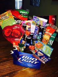gift baskets for boyfriend valentine s day broquet diy valentine s day t basket for boyfriend gift baskets for boyfriend