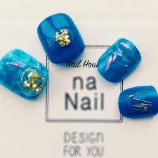 フットホログラムワンカラーホイルブルー Na Nailのネイルデザイン