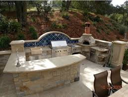 outdoor kitchen pizza oven design