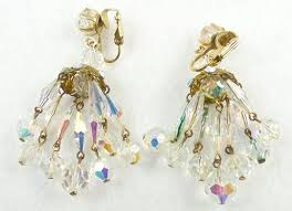 description vintage crystal aurora bead chandelier clip earrings the chandelier consists of six strands of oblong faceted crystal beads with dangling