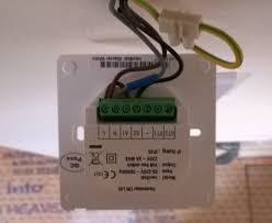review heatmiser neo smart thermostat gadgets hexus net heatmiser uh3 wiring diagram at Heatmiser Wiring Centre Diagram