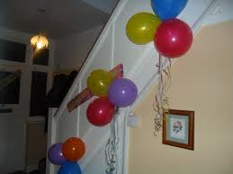 decorating with streamers and balloons wesharepics we do birthdays ly in our house but i can honestly say find balloon ideas creations