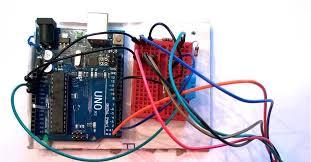 Беспроводной <b>датчик температуры и влажности</b> на ESP8266