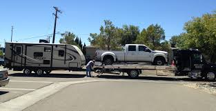 Heavy Duty Towing & Recovery | Large Truck, Semi-Truck, tractor ...