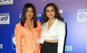voice elsa and anna in frozen 2 hindi