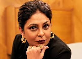 Hope your day is filled with family, good to my dear mother! Rain Plays Spoilsport During Shefali Shah S Happy Birthday Mummy Ji Shoot Bollywood News News Reader Board