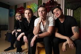 Youngblood 5sos Dominates On Spotify With Their Hit Song Youngblood As