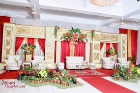 dekorasi pengantin terbaru ini mempunyai desain modern yang elegan