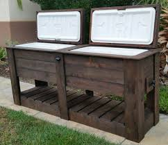 turning pallets into furniture. great pallet cooler design idea turning pallets into furniture