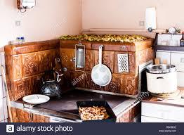 Alte Traditionelle Backofen Mit Keramikfliesen Küchengeräte