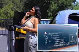 Kim Kardashian listens to Kanye West's ...