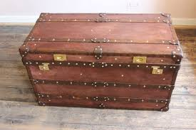 image of review steamer trunk coffee table