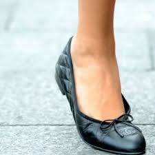 chanel quilted flats. black quilted chanel flats u