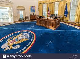 oval office carpet. Replica Of White House\u0027s Oval Office In William J. Clinton Presidential Center And Library Carpet .