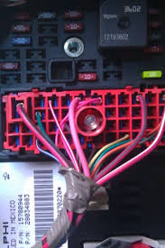 2007 chevy cobalt fuse diagram 2007 image wiring 12v switched ignition circuit for aftermarket radio 2006 cobalt on 2007 chevy cobalt fuse diagram