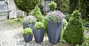 Dalani portapiante: eleganti e funzionali accessori outdoor