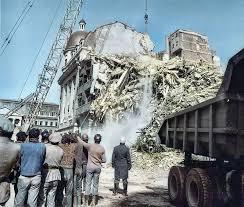 Ruinele blocului Continental după cutremurul din 1977 - huhurez.com
