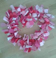 valentine wreaths for your front doorCustom Fabric Wreath A Tutorial  CampClem