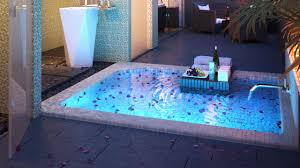 17 moonlight suite bath night