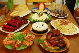 noche-buena-ham-prawn-bread-spaghetti-chocolate-mouse-salad