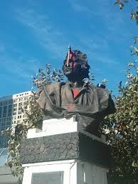christopher columbus statue gets an axe to the face the axed columbus courtesy ur