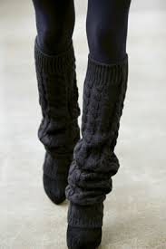 Leg Warmer Knitting Pattern Fascinating Knitted Leg Warmers On The Runway Knitting Is Awesome