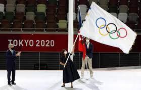 أولمبياد طوكيو: اختتام الألعاب وتسليم الراية إلى باريس
