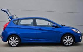 2012 Hyundai Accent - Information and photos - ZombieDrive