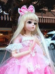 Công Chúa Xứ Hoa - Tình Yêu, Máu và Nước Mắt - Búp bê gỗ thế kỷ 18, cụ tổ  của búp bê Barbie đây :v tóc làm bằng tóc người thật,