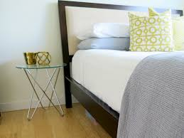 step by step guide to make your bed just like the hotels do