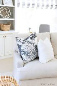 decorative throw pillows for couch. Exellent Throw Great Tips On How To Choose A Good Insert Size For Your Pillows For Decorative Throw Pillows Couch