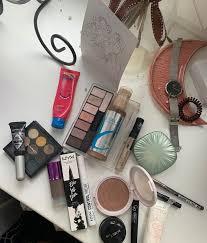 Наносим макияж: пошаговая инструкция от визажиста | Люди и ...
