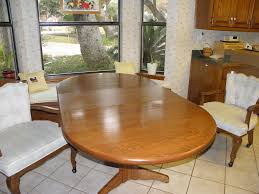 Oval Kitchen Table With 3 Large Chairs On Casters In Jojo3416s