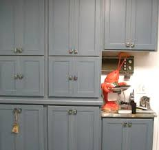 awesome kitchen cabinet handle placement