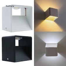 Đèn LED hình khối lập phương gắn tường trang trí hành lang giảm chỉ còn  181,500 đ
