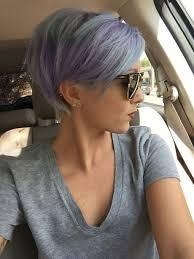 Cheveux Gris Court