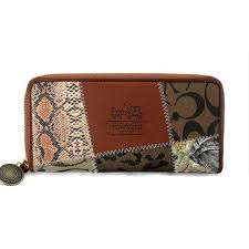 Coach Holiday Matching Large Brown Multi Wallets EDC Is The First Choice As  A Gift For You Forever!