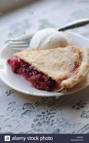 cherry pie slice with ice cream. Contemporary Pie Food Desserts Cherry Pie And Vanilla Ice Cream Slice For Cherry Pie Slice With Ice Cream E