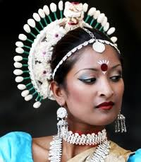 dance make up ideas beauty tips from india has tips on natural and traditional beauty care mahas henna beautiful henna for performances