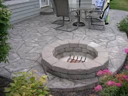 concrete patio with square fire pit. Concrete Patio With Square Fire Pit Photo - 4