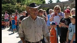 Former Columbus Zoo director Jack Hanna ...
