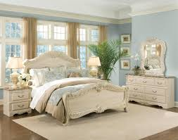 Shabby Chic White Bedroom Furniture Juliette Shabby Chic Antique White 5pc Bedroom Furniture Set