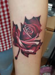 роза клён женская тату на предплечье фото татуировок