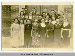 Sanish High School students, Sanish, N.D. - State Historical Society of  North Dakota (SHSND) - Welcome to Digital Horizons