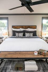 Newlywed Bedroom 17 Best Ideas About Bachelor Pad Bedroom On Pinterest Bachelor