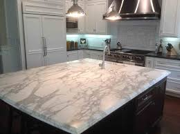 good quartz kitchen island countertop with sink and lighting