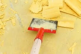 Erhitzen sie mit dem föhn kurzzeitig den teppichkleber auf dem fußboden und entfernen sie ihn anschließend vorsichtig mit einem. Teppichboden Entfernen Teppichkleber Entfernen