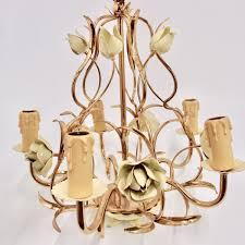 Antiquitäten Und Lampenschirme Art Der Zeit