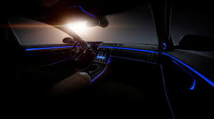 Courtesy of digital light digital light also ensures that you have optimum visibility while driving just ahead of a steep hill. 2021 Mercedes Benz S Class Tech Deep Dive It S A Trove Of Tech Autoblog